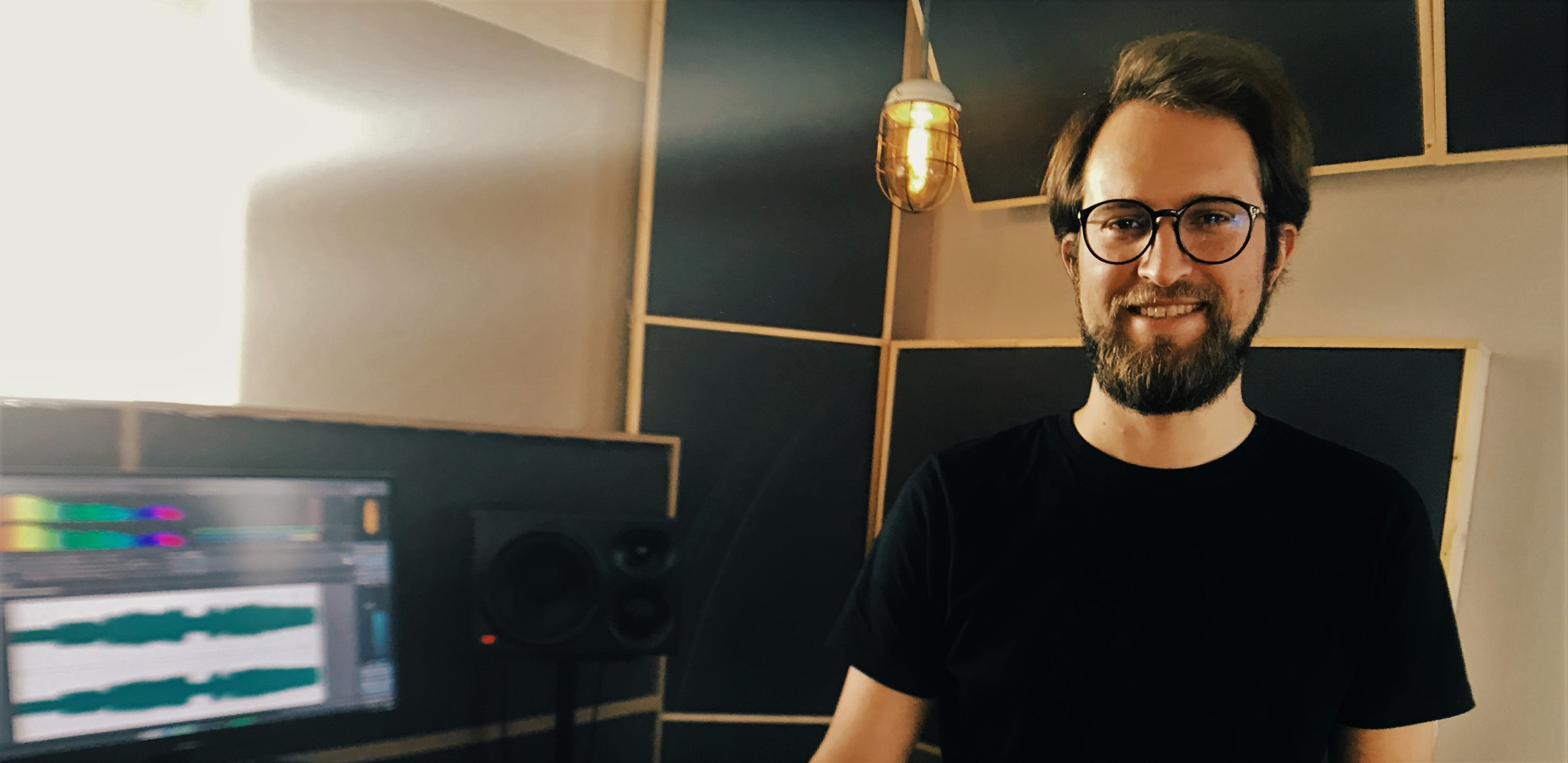 Music Tutor Philip Röder on His Game-Changing Pick Yourself Podcast